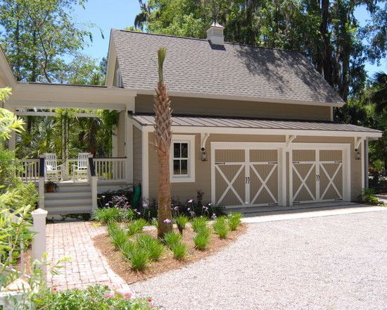 if we had an amazing garage addition this would be it...minus the palm tree, cause blech, palm trees.....