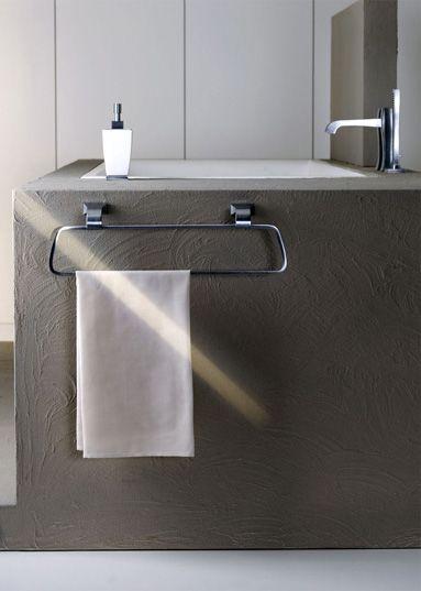 Porta salviette da muro Mimi realizzato da Gessi in metallo con finitura  cromo  Disponibile anche   Bathroom Accessories75 best Accessori Arredo Bagno images on Pinterest   Towels  . Porta Bathroom Fittings. Home Design Ideas