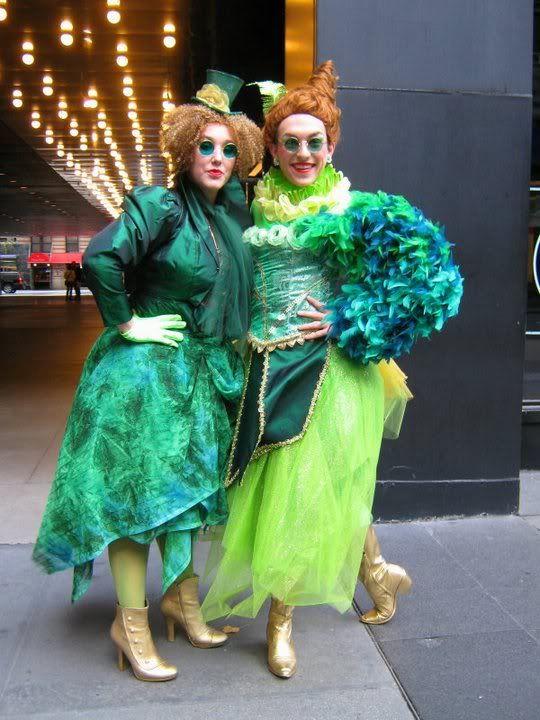 Emerald City citizen costume ideas for #OzWiz
