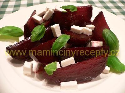 22 Červená řepa s ovčím sýrem