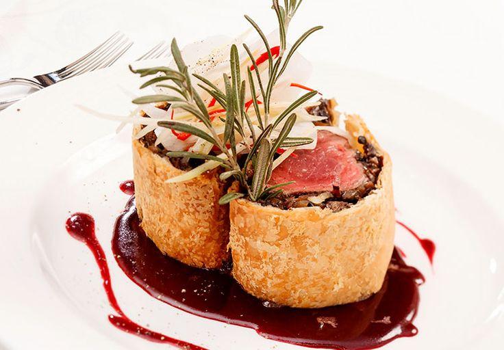 tipica ricetta di derivazione anglosassone, il filetto alla Wellington viene considerato un secondo piatto da gourmet.