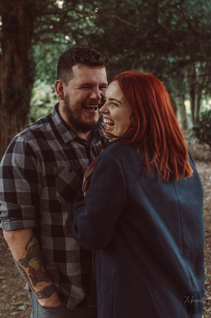 a low key natural light autumnal engagement shoot on location in Delapre Northampton