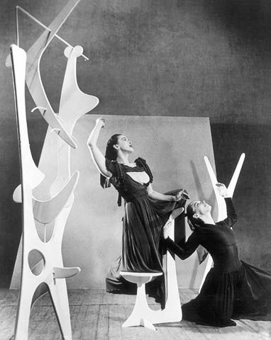 Martha Graham and May O'Donnell with Noguchi set for Hériodiade, c.1945, photograph by Arnold Eagle
