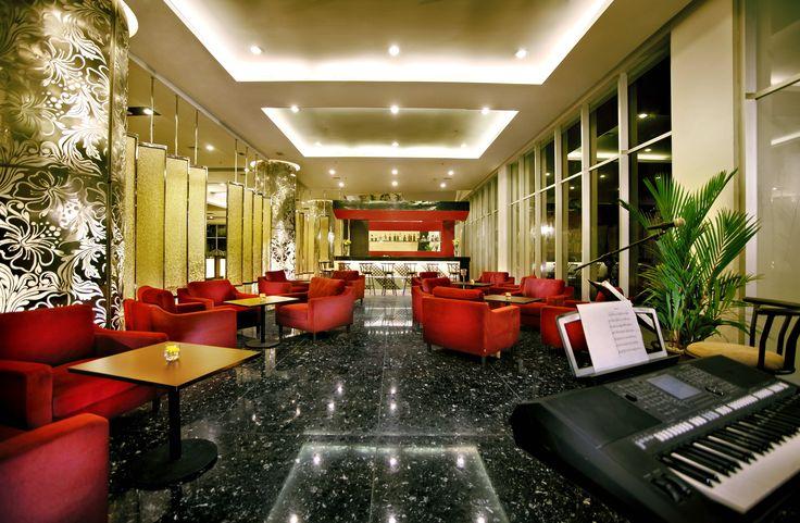 Truntum Lobby Lounge #atriamagelang #atriahotels #managedbyparador #paradorhotels #magelang #borobudur #indonesia