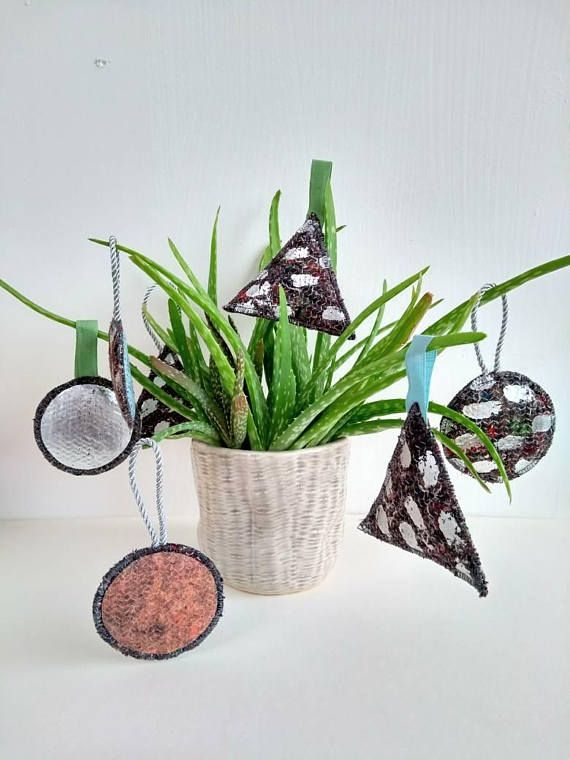 Recycled fabric foiled baubles