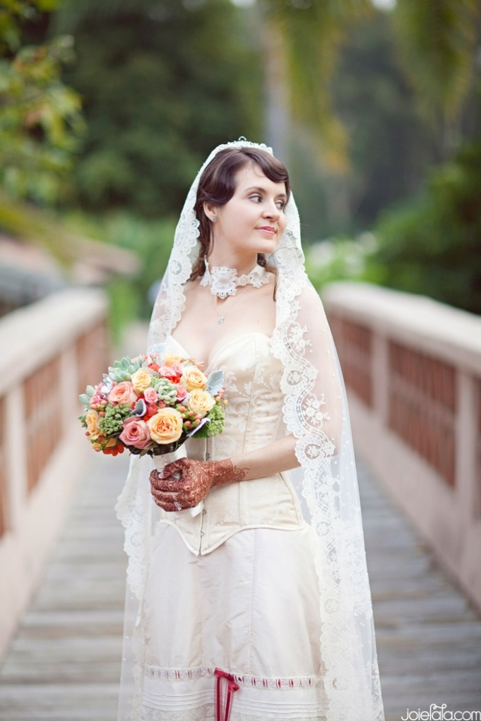 Its Different But Wow This Bride Is A Vision In Vintage Spanish Dress Photography By Joie Lala