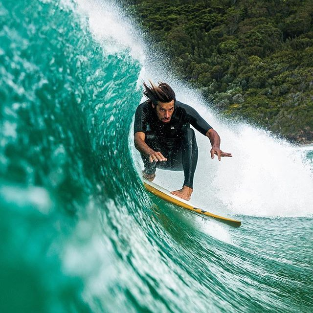 A closer look at our 25.5 cover image, by Woody Gooch (@woodygphoto). @DaveRastovich, foiled for speed in New South Wales.
