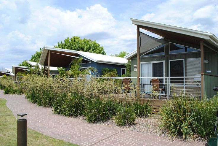 Our Deluxe and Spa Deluxe Cabins are the ultimate for couples and families. #big4batemansbaybeachresort #batemansbay #Eurobodalla #visitnsw