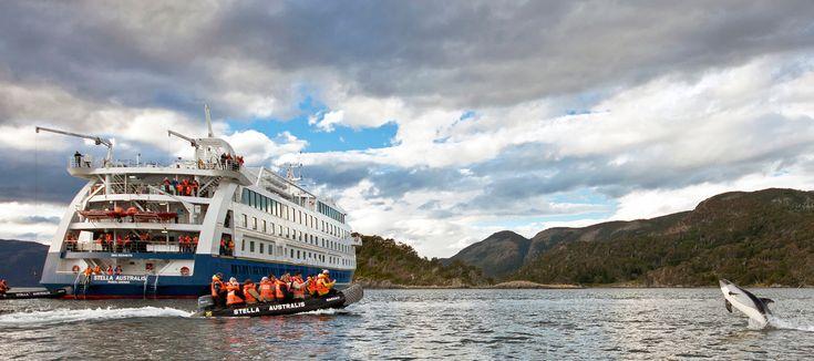 Viajar por la región de fiordos y glaciares uniendo la Patagonia Chilena y Argentina es una experiencia sin duda inolvidable. Conozca las rutas disponibles de Cruceros Australis y descubra cuál es la mejor opción para usted, haciendo click! #glaciares #fiordos #crucerosPatagonia #PatagoniaEnCrucero #PatagoniaChilena #PatagoniaArgentina #viajesencrucero