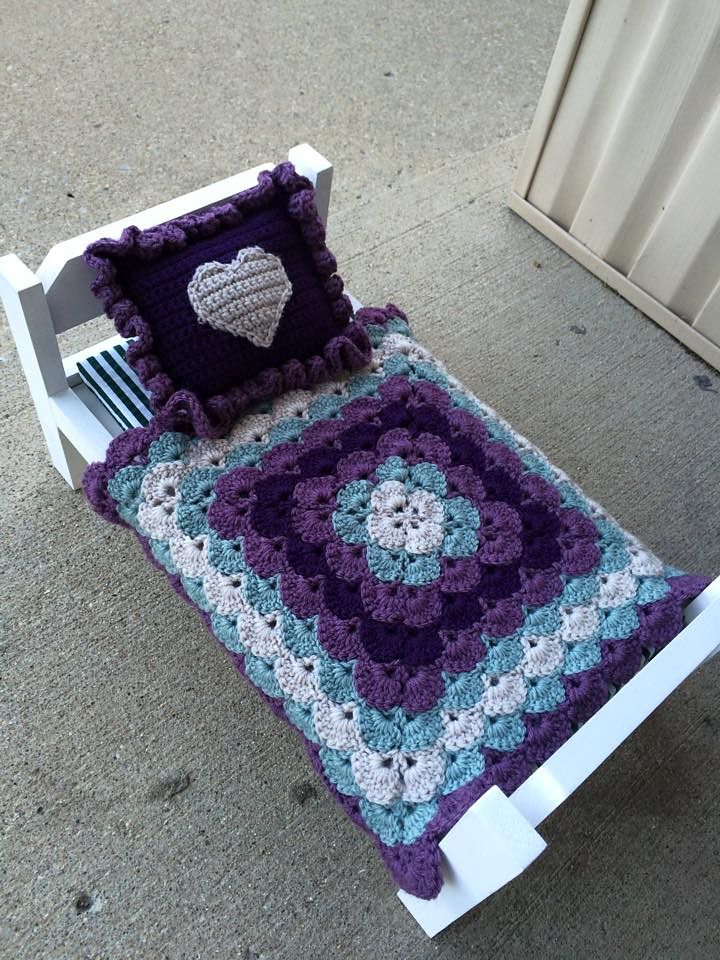 Crochet Pattern For Doll Blanket : 17 Best images about Crocheted Baby Blankets and Cocoons ...
