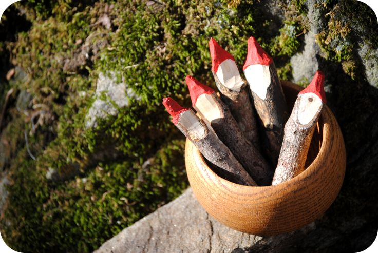 Primitive Santas from sticks + other simple projects ... pics and how-to