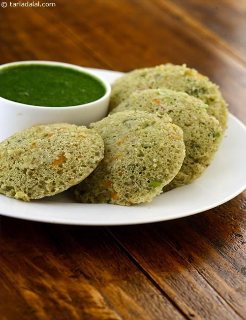 Rice and Moong Dal Idli ( Low Calorie Healthy Cooking)