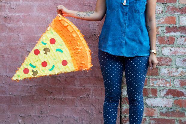DIY Pizza Slice Piñata Tutorial