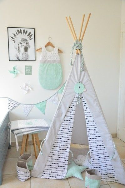 chambre b b made by cycy tipi gigoteuse guirlande fanion turbulette mint black and white kid. Black Bedroom Furniture Sets. Home Design Ideas
