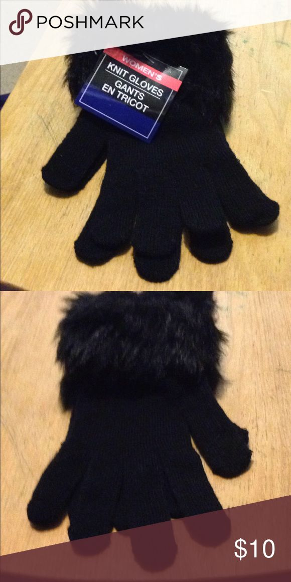Brand New Women's knit gloves These are brand new women's knit gloves. The body is a 83% acrylic and 16% polyester and 1% spandex. The faux fur part is 61% polyester 39% acrylic. 2 available Accessories Gloves & Mittens