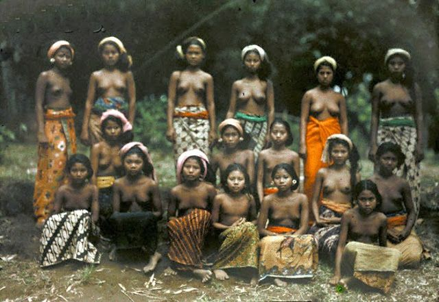 The First Color Photos in Bali Indonesia 1920s