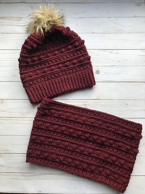 The XOXO Cowl Free Crochet Pattern