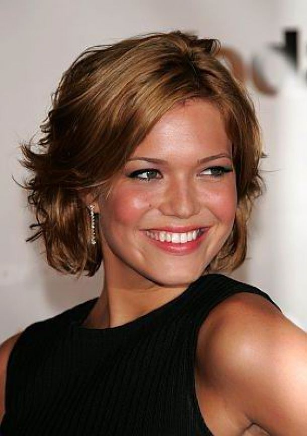 Short Hairstyles For Thick Hair Short Hairstyles For Round Faces
