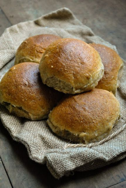 Easy vegan multigrain buns. Serve these fluffy fellas as burger buns, dunk them into soup or eat them with different spreads.   RECIPE: http://www.vegansandra.com/2017/12/cooking-with-my-mom-easy-vegan.html
