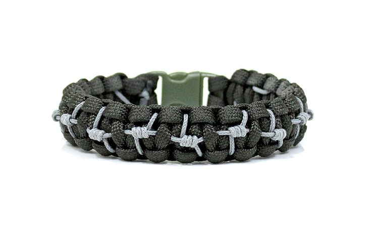 The Barricade Bracelet is my latest stitched paracord design, and it's awesome! Made with a traditional Solomon paracord bracelet, then stitched with micro cord in a really cool barbed wire pattern throughout the design. I finish off the design with your choice of a matching side-release buckle or adjustable stainless steel shackle. These can be…