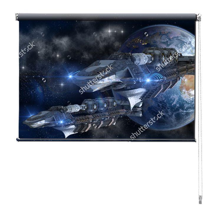 Rolgordijn Space adventure | De rolgordijnen van YouPri zijn iets heel bijzonders! Maak keuze uit een verduisterend of een lichtdoorlatend rolgordijn. Inclusief ophangmechanisme voor wand of plafond! #rolgordijn #gordijn #lichtdoorlatend #verduisterend #goedkoop #voordelig #polyester #sciencefiction #scifi #sf #science #fiction #ruimteschip #aarde #ruimte #jongenskamer #jongen