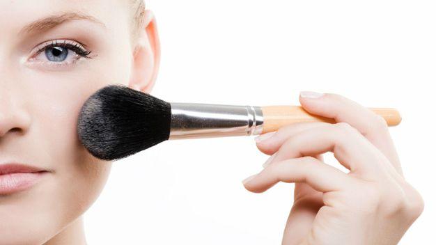 Makyaj Fırçaları Nasıl Temizlenmeli?