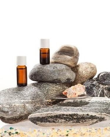 Great for balancing oily skin and help boost skin vitality, our Frankincense Essential Oil has applications in skincare, massages, soaps and other products. Feel like trying this oil? You can get yours here: http://bit.ly/2ceICVU