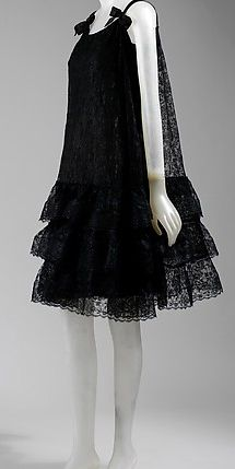 Balenciaga - Vintage - Robe 'Dentelle' à Nouettes - 1965-66