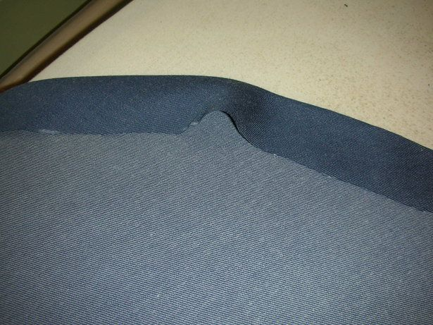 Excellent tutorial from Burda Style on easing hem fullness in a skirt. LOTS of pictures.