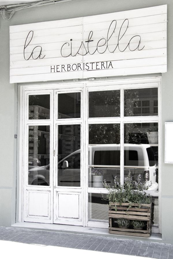 La Cistella Herboristería | Valencia, Spain  #Gourmetillo loves .... !!!