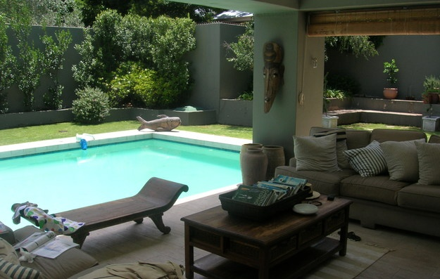 Lounge poolside in Johannesburg!