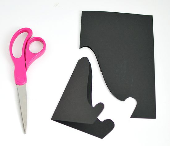 DIY super easy Paper easel for displaying for holding up recipe cards for each menu item