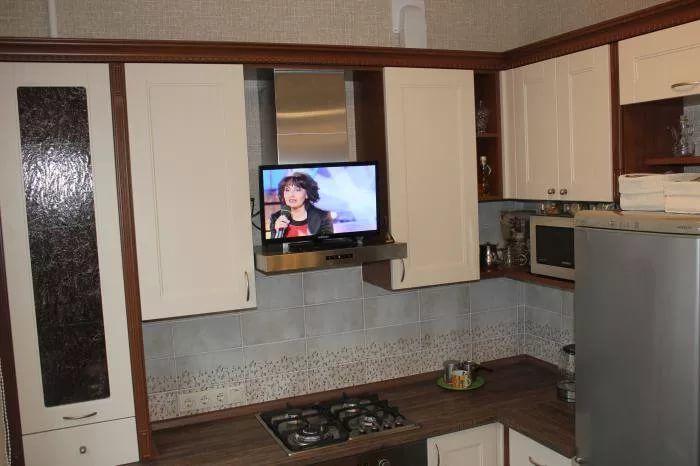 телевизор на кухне фото: 14 тыс изображений найдено в Яндекс.Картинках
