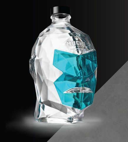 Diseño de botellas inspirados en máscaras de luchadores mexicanos   paredro.com