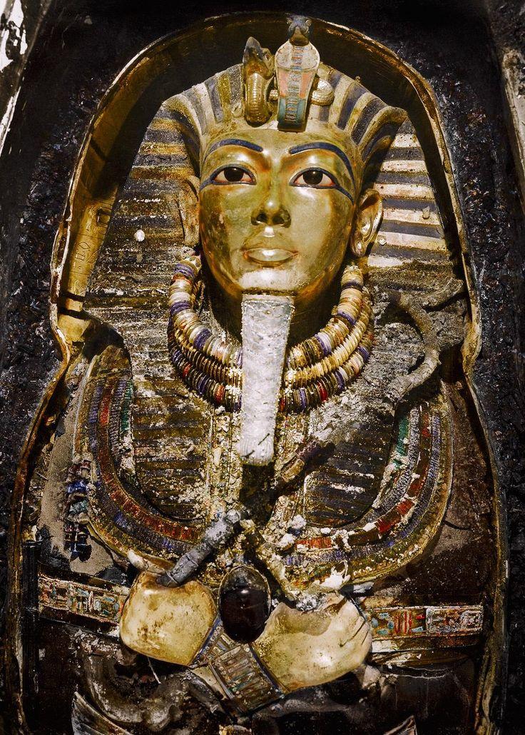 6 fotos incríveis da abertura da tumba de Tutancâmon                                                                                                                                                     Mais                                                                                                                                                                                 Mais
