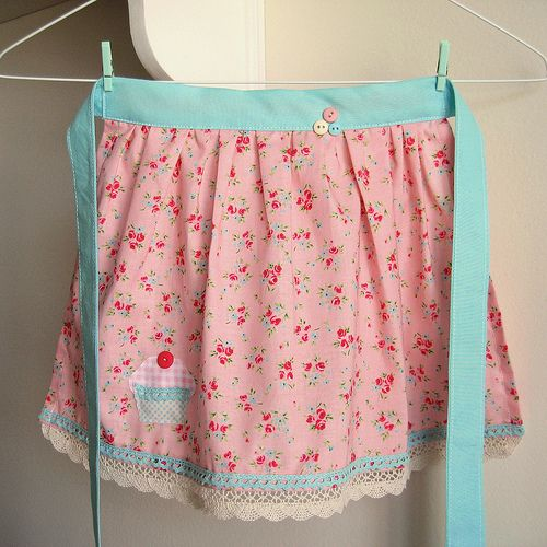pretty in pink little girl's apron by nanaCompany, via Flickr