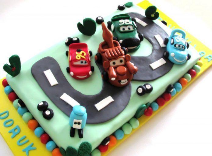 En Güzel 3 Yaş Doğum Günü Pastası Modelleri Örnekleri