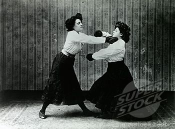 vintage everyday: Old Photos of Women Boxing. Old funny photos of women boxing