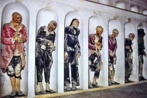 Savoca - Cripta con corpi imbalsamati - foto del 1970