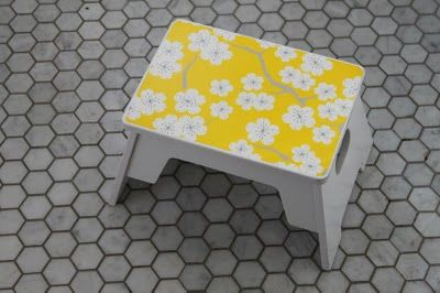 step stool with wrapping paper modge podged on topDiy Children, Children Bathroom, Step Stools, Diy Bathroom, Mod Podge, Bathroom Step, Kids Step, Children Step, Diy Stools