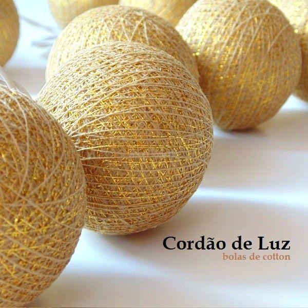 Cordao de Luz Cotton Dourado. Cordão de Luz é um produto artesanal feito à mão. Para uso em decoração, ambientação aconchegante e romântica.Conheça toda nossa coleção de cordão de luz.