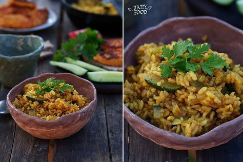Ароматный рис с карри и кабачком.  Сегодня предлагаю вам приготовить вкусное и сытное блюдо для летнего ужина на свежем воздухе! Готовим рис! на 4 порции 1,5 стакана риса около 3…