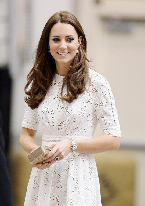 Hertuginde Catherine, prins William og lille prins George besøger New Zealand og Australien fra mandag 7. april til fredag 25. april 2014.