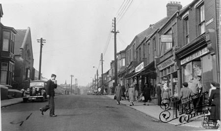 Easington Colliery 1950s - This is where I'm from - obviously not in the 50's however the buildings haven't changed much but the majority are boarded up - sad to see the demise of this once thriving community :(