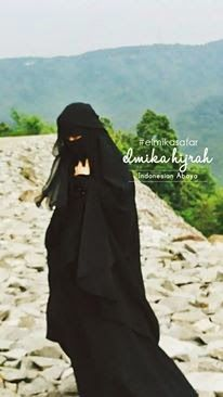 Mi mundo a través del jilbab : Back to black II: Volvemos al negro