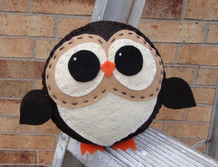 Love the eyes.Little Owls, Owls Everywh, Owls Pillows, Cute Ideas, Adorable Owls, Felt Owls, Stuffed Owls, Big Eye, Owls Crafts