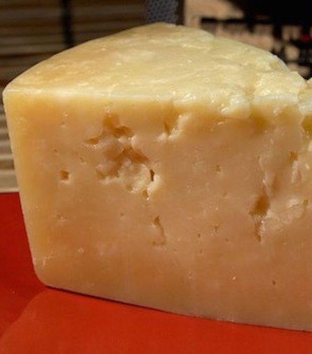 Congelez les fromages à pâte dure, mais surtout pas les pâtes molles ou les fromages frais !