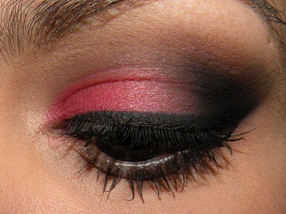 Olho vermelho by Marina Smith s2