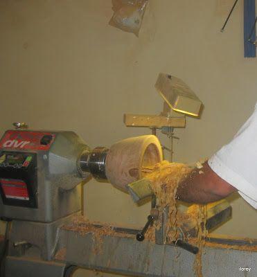 Ilorey Torneados  artesanales en madera: torneando y un cuento