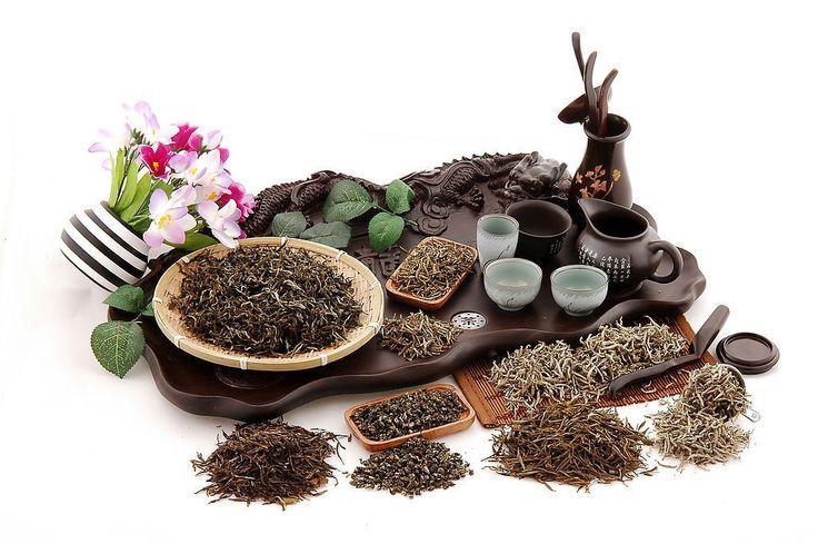Heute gilt der chinesische Tee als einer der besten der Welt und die Chinesen werden als Erfinder dieses Getränks angesehen. In China werden nicht nur Grünen Tee, sondern auch Tee anderer Arten getrunken.